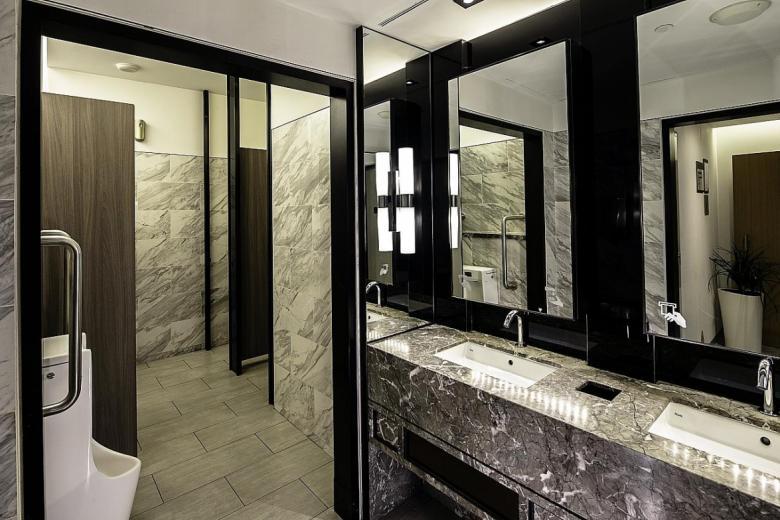 Bathroom at Marina Bay Sands