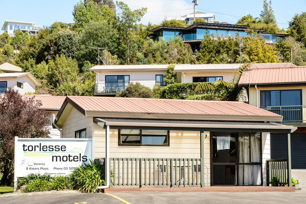 Torlesse Motels front-on view