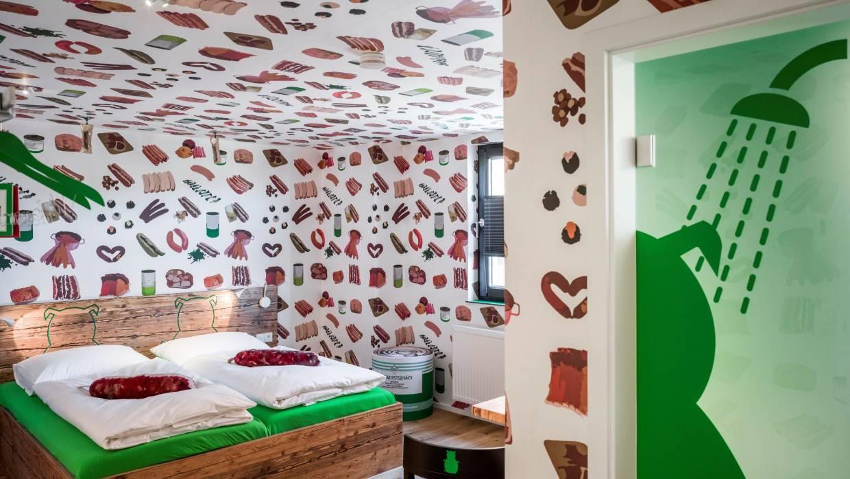 German sausage hotel Boebel Bratwurst Bed and Breakfast interiors.