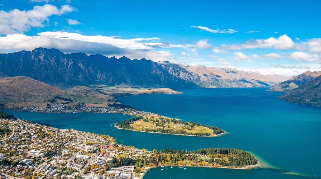 Queenstown scenery.