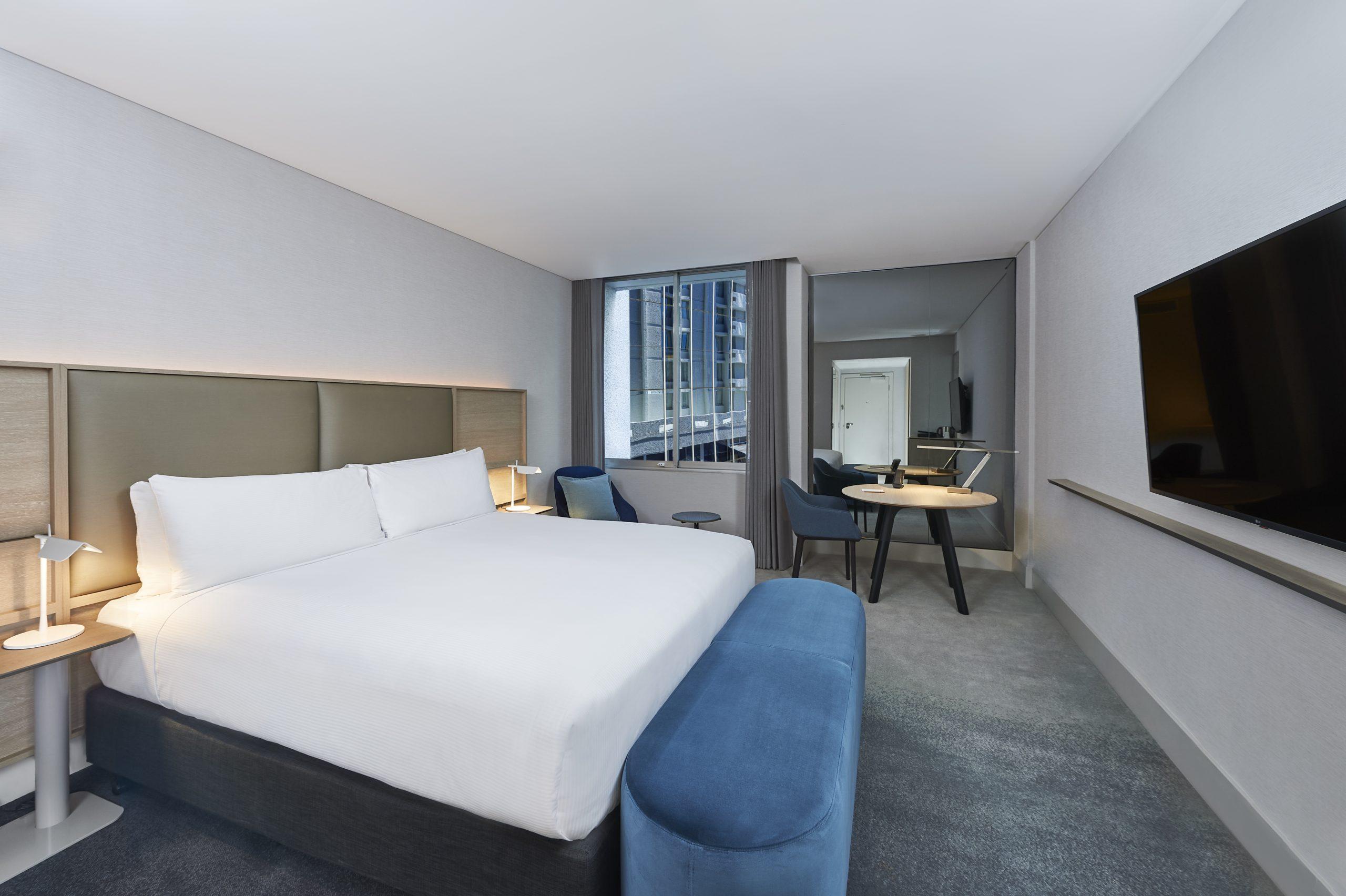 Parmelia_Hilton_New_King_Executive_Room