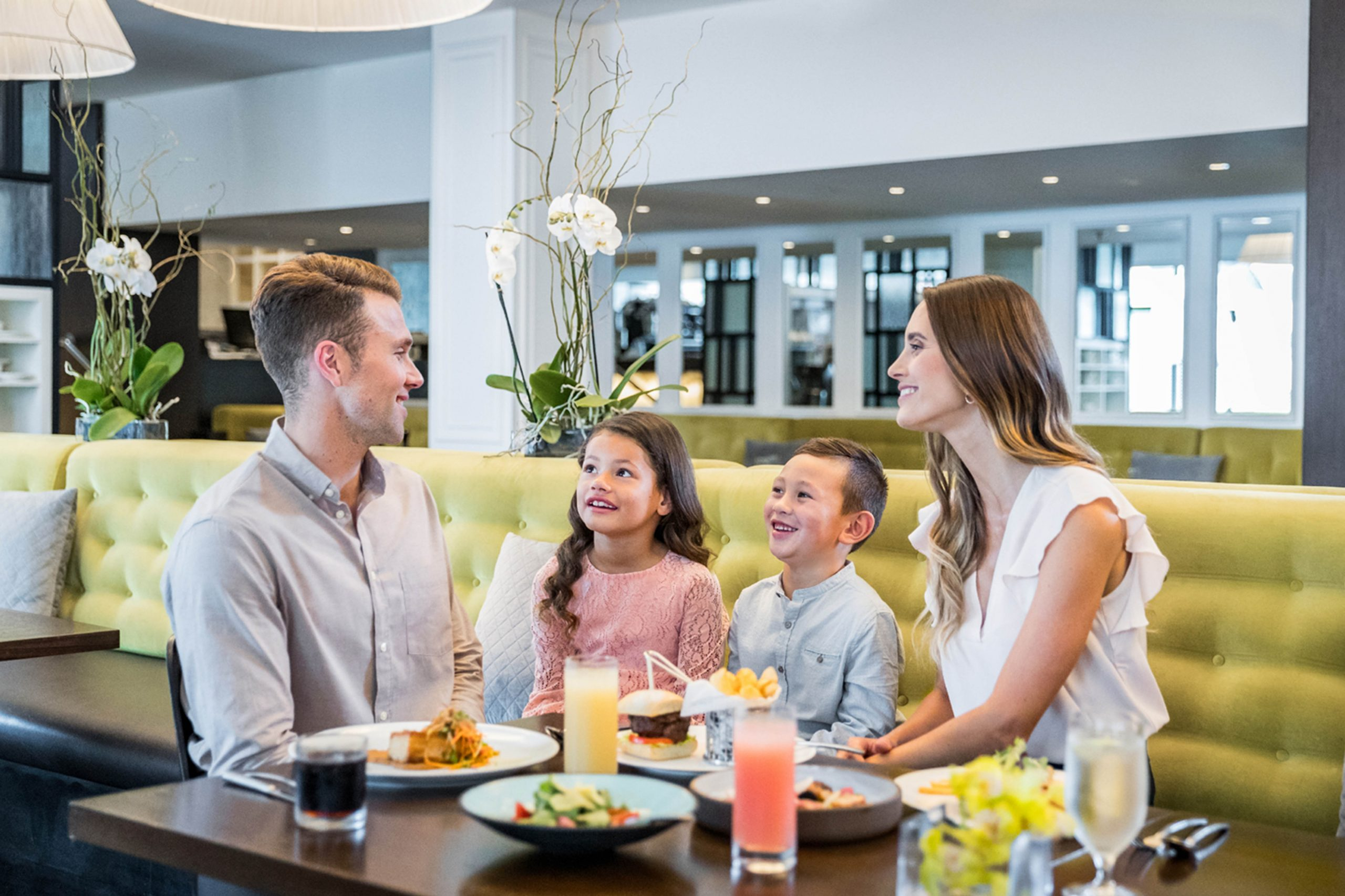 Kids dining at Eight Restaurant