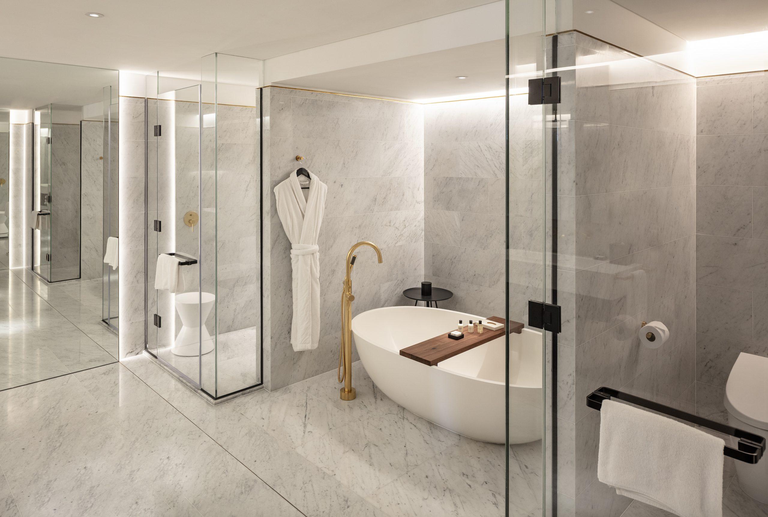 park hyatt executive suite bathroom