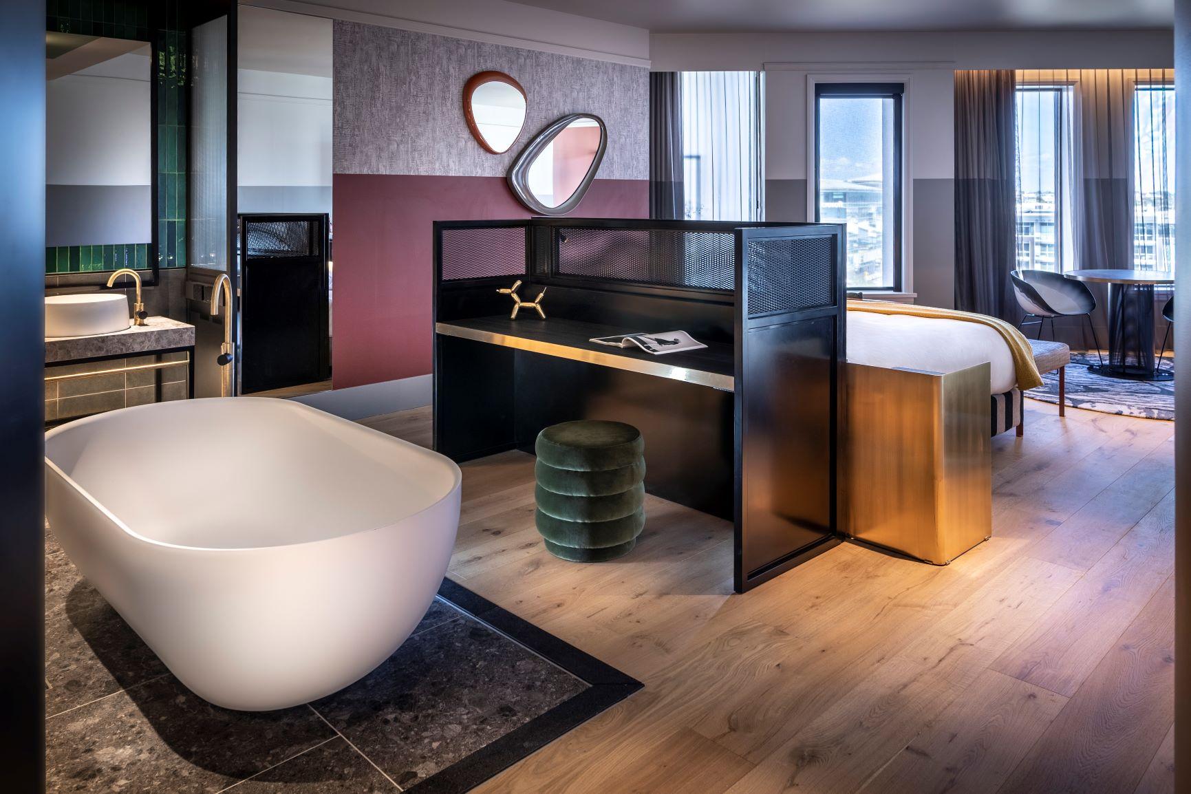 QT Auckland Suite