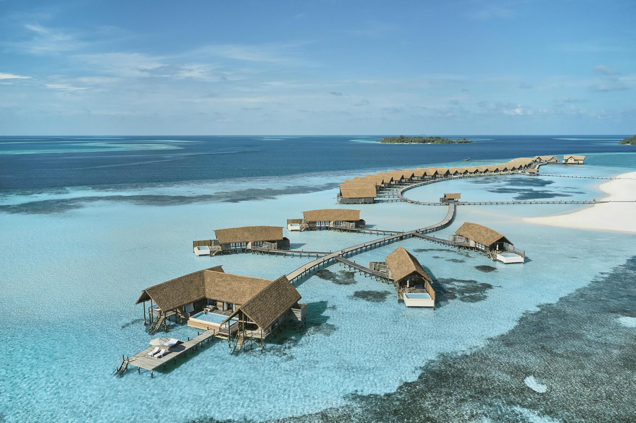 COMO Cocoa Island - Aerial Water Villas